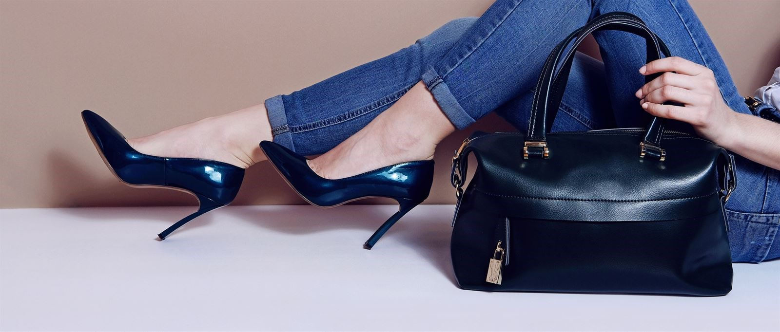 92e4d40a4a9 Zapatos y complementos de moda
